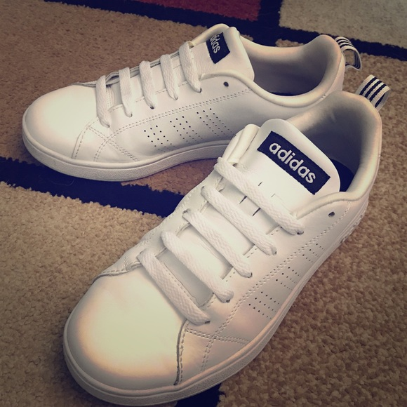 Adidas Neo Women's Advantage Clean Casual Sneakers